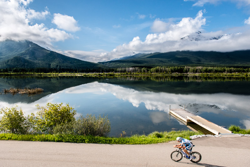 After heavy rains during the previous stage, cyclists enjoyed the early morning sunshine during the Vermilion Lakes ITT.