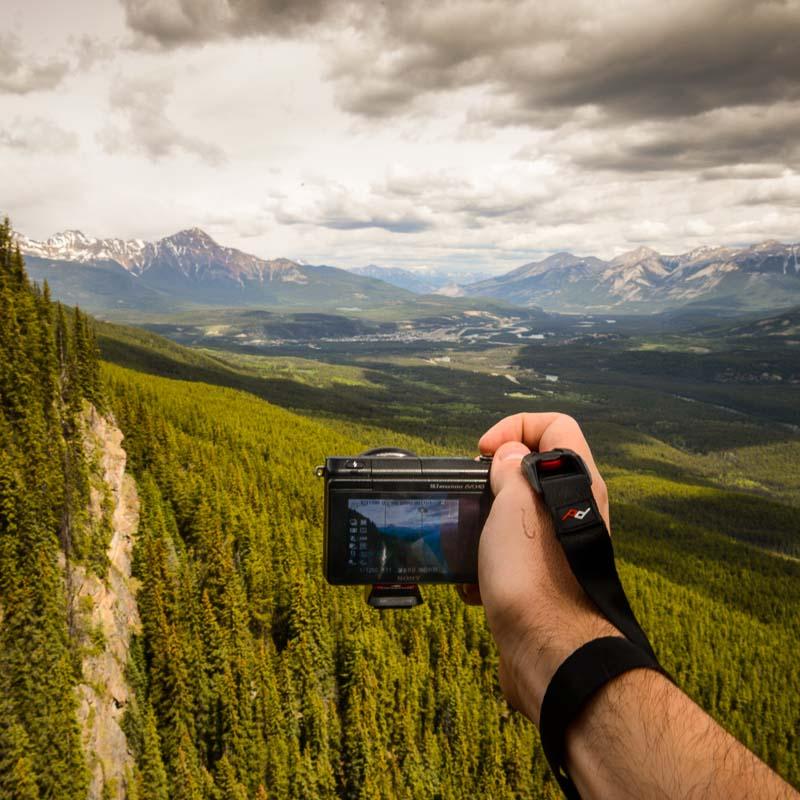 Peak Design Camera Gear: Cuff
