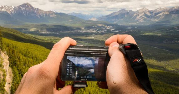 Review: Peak Design Camera Gear