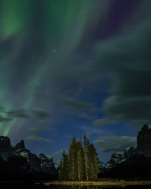 Northern lights + Spirit Island = perfect adventure