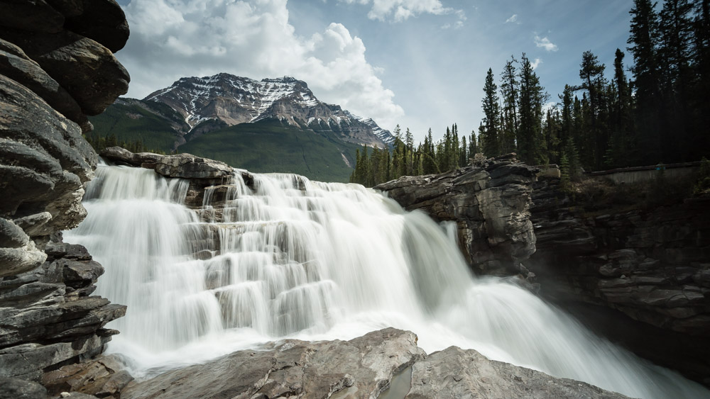 1/4 second gives Athabasca Falls a smoother look, but it isn't quite smooth enough